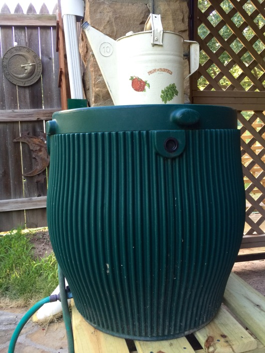 Rain barrel/stand